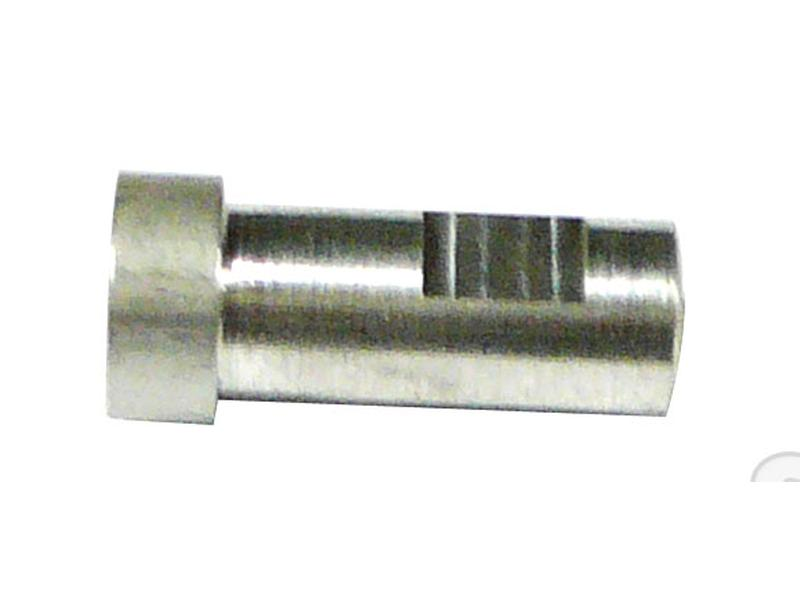 AIR CLEANER COVER-STUD-SHORT